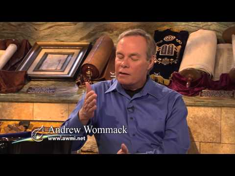 """The Gospel Truth"" with Andrew Wommack - Dr. Carl Baugh Interview - short sample"