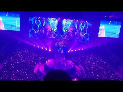 Free Download 181020 's... Taeyeon 태연 Concert - Fire [fancam] Mp3 dan Mp4