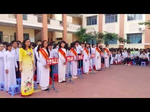 Lễ chào đón học sinh lớp 10 trường THPT Nguyễn Văn Linh