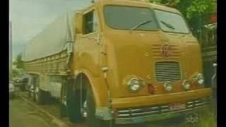 SBT - Siga bem Caminhoneiro , Caminhão FNM