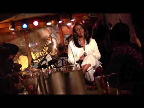 """Kathy Sledge Live @ Sugar Bar Performs """"How Can I Believe"""""""