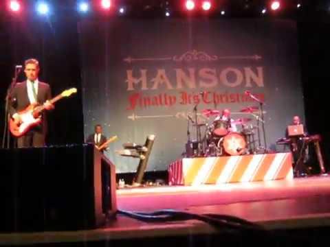 HANSON Rockin' Around the Christmas Tree Toronto Nov 24th 2017 - YouTube