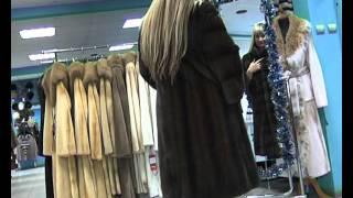 Драгоценный мех от ТД Лана согревает тело и разогревает чувства любимой!!!(, 2011-11-04T03:46:23.000Z)