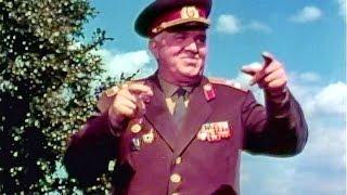 """The Girl Next Door"" - The Alexandrov Red Army Choir (1965)"