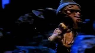 Smokey Head Singing What Wonderful World
