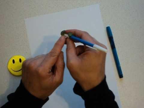 Как научить ребенка держать ручку видео