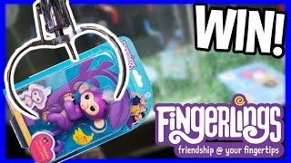 WINNING from the FINGERLINGS Claw Machine! (HOTTEST TOY REVIEW OF 2018!)