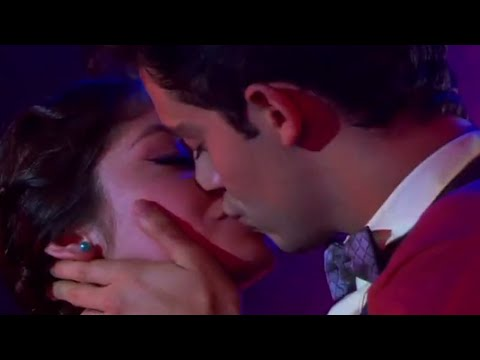 Soy Luna: Matteo and Luna kiss