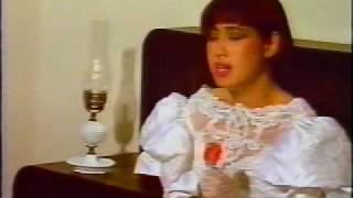 Buon Vuong Mau Ao - Y Lan