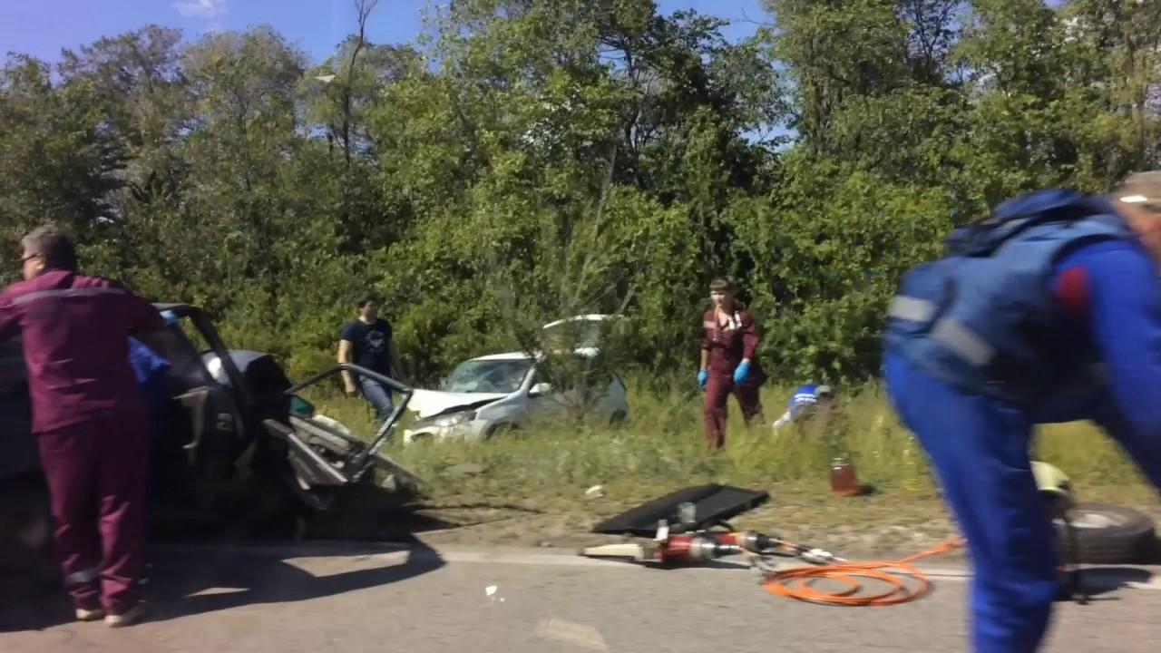 Жуткая авария на трассе
