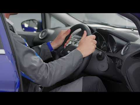 How to adjust your driving seat and steering wheel | Ford UK