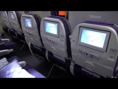 Boeing 787 Dreamliner - Cabin Interior - Seating Details [HD]