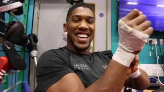 JOSHUA SWIPES AT HAYE! - 'HE WAS TRAINING ON BOATS IN MIAMI! - HE ALREADY WON THE FIGHT IN HIS HEAD'