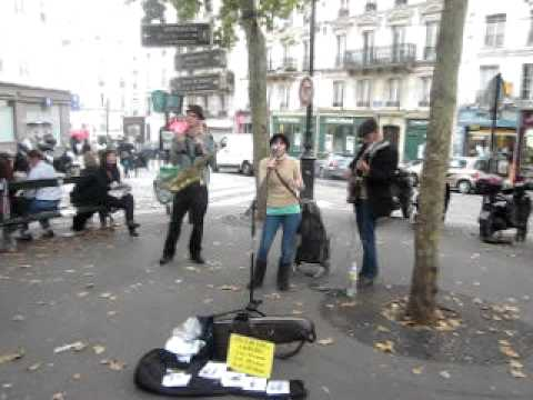 Desafinado @Place des Abbesses with Jason Kingsley Duo