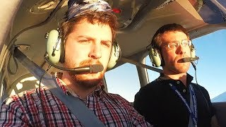 Could You Survive with NO PILOT??? - Passenger tries landing a plane with ZERO experience.