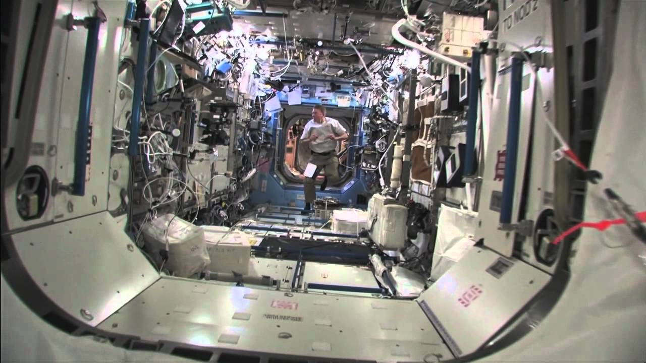 Tour Inside The Space Station - YouTube
