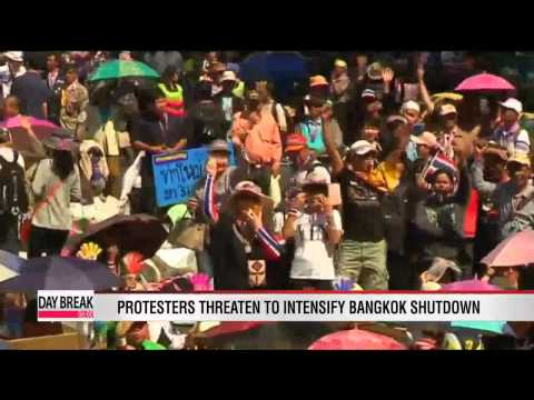 Thai protest leaders threaten to detain PM Yingluck Shinawatra