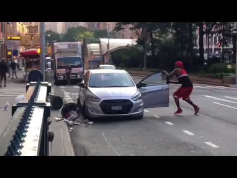 Thumbnail: Real Street Fight - Driver with Machete Knife vs Dude with Garbage Trash Can NYC Road Rage Thug Life
