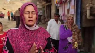 أهالي الدويقة بالقاهرة يشتكون بطء نقلهم من منطقتهم الخطرة