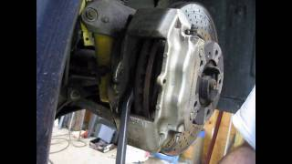 DIY - changing front brakes on a water-cooled Porsche
