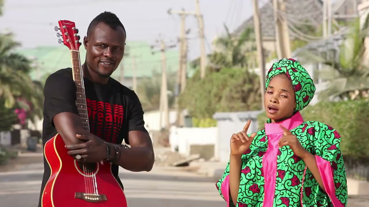 Download RIKE AMANA sabuwar wakar banan Dadin kowa tare da ZAINAB BANI DA ZABI.