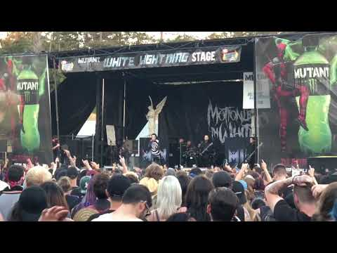 "Motionless In White - ""570"" - Vans Warped Tour (Mountain View, CA 6/23/18)"