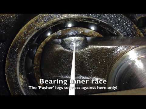 Austin Seven - Removing Crankcase bearings