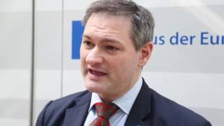 Demokratieplanspiel ZAG: LehrkraÌfte Ausbildung im Haus der EU