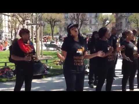 Memeza africa choir - Asimbonanga- soweto -flash mob - Grenoble victor hugo 2015 gospel