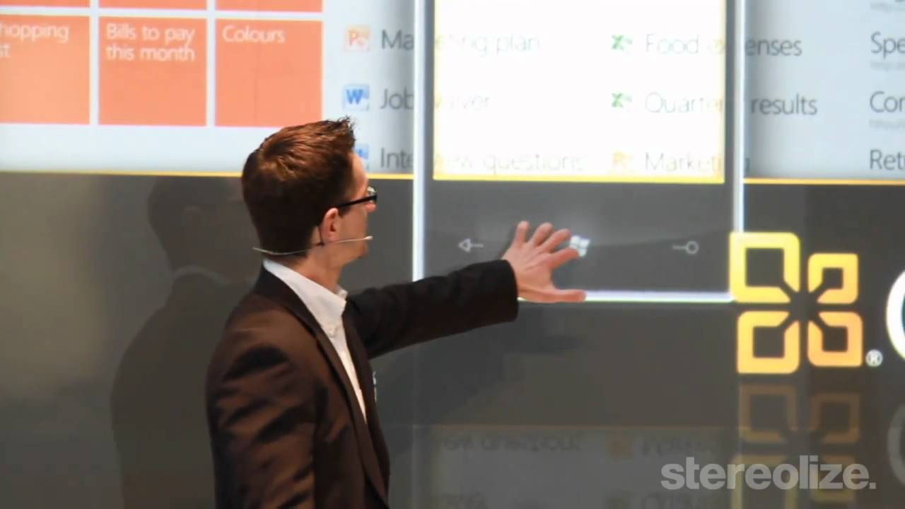 Microsoft interactive Presentation on Cebit 2011 || Ventuz - YouTube