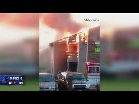 Arlington apartment fire intentionally set