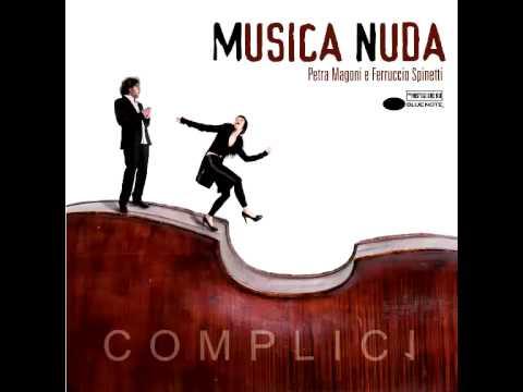 Musica Nuda Complici Little Wonder Youtube