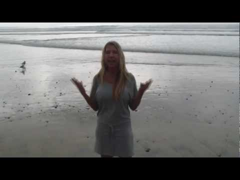 Andrea Cox on grounding yourself, barefoot at the beach!