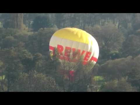 Heißluftballons über Schmelz / Saarland