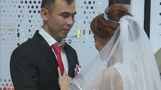 Свадьбу мечты подарили воспитаннику детского дома