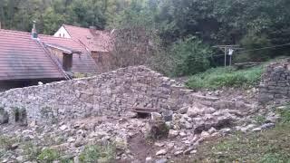 Oprava kamenné zdi Fara Karlštejn