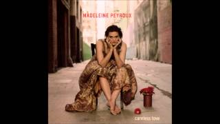 Watch Madeleine Peyroux Between The Bars video