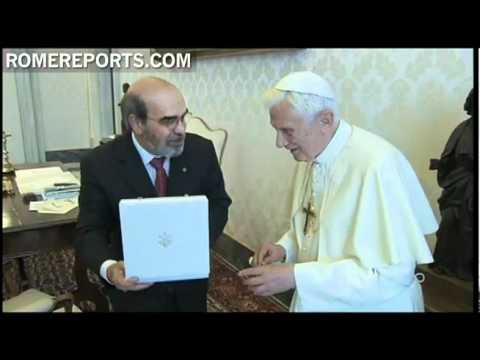 Pope meets FAO's Director, Jose Graziano da Silva, to discuss fight against world hunger
