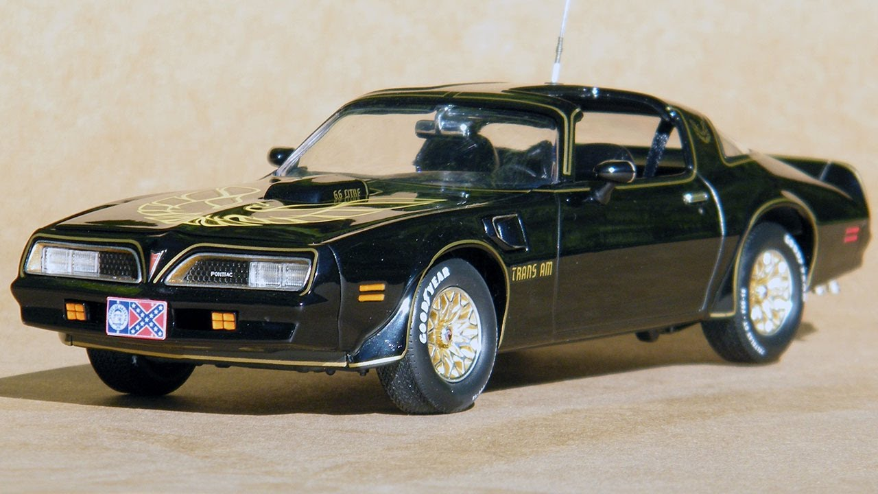 1 25 Scale Smokey And The Bandit Firebird Trans Am Finished Model You
