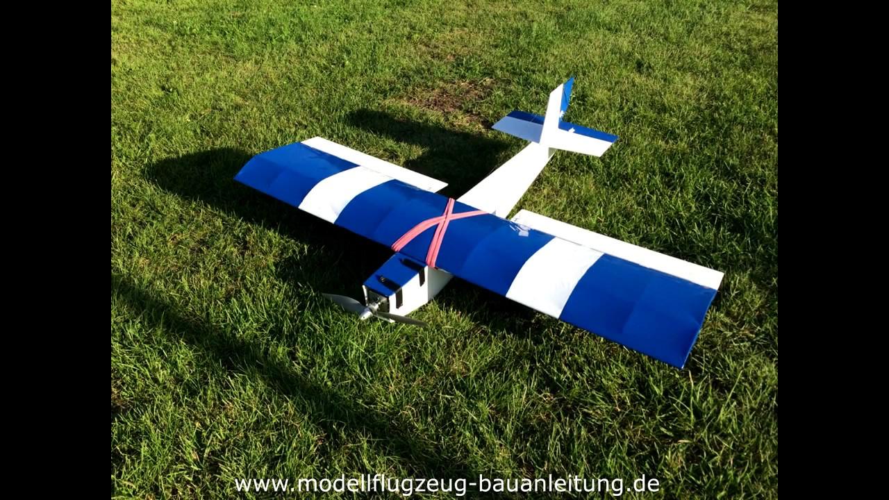 modellflugzeug bauanleitung modellflugzeug selber bauen mit einer schritt f r schritt. Black Bedroom Furniture Sets. Home Design Ideas