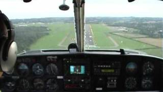 PA34 SENECA - LANDING AT BIGGIN HILL - GEAR FAILURE