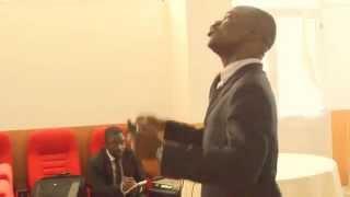 """ISAAC """"worship """" Kinzambi :Poder de ser"""