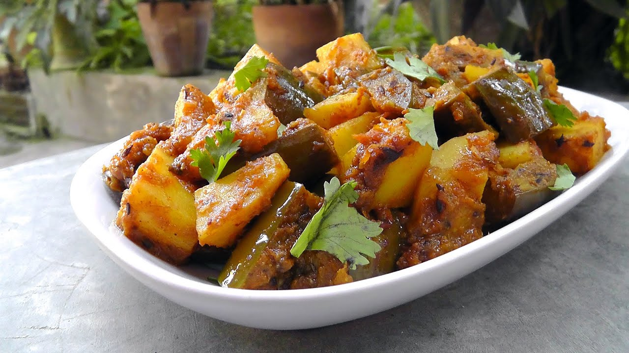 indische auberginen mit kartoffeln vegan vegetarisches rezept youtube. Black Bedroom Furniture Sets. Home Design Ideas
