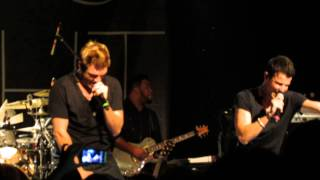 Nick & Knight - 90's Medley - Seattle (08)