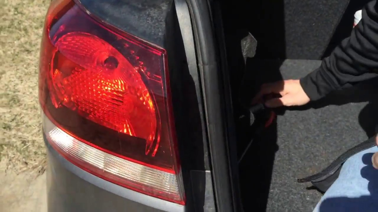 vw golf tail light replacement youtube