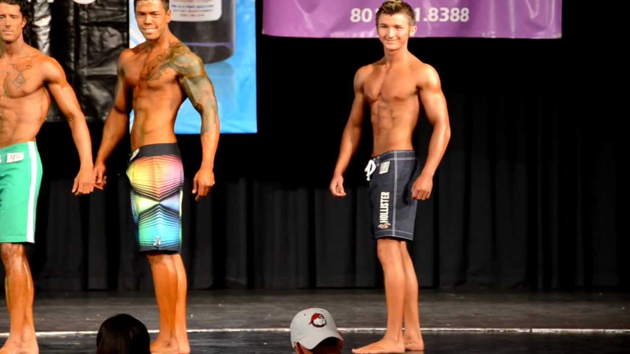 Teen Physique/Mens Open Physique prejudging 2012 - YouTube