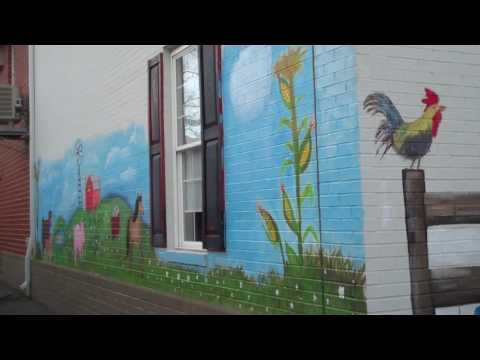 Mother Catherine Academy Gives Mural to Bubby Knott