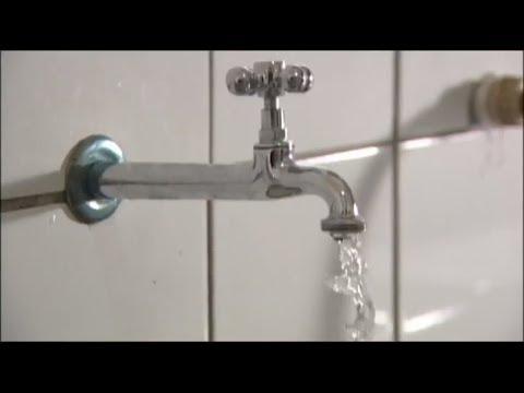 Projeto proíbe interrupção do fornecimento de água e energia para baixa renda