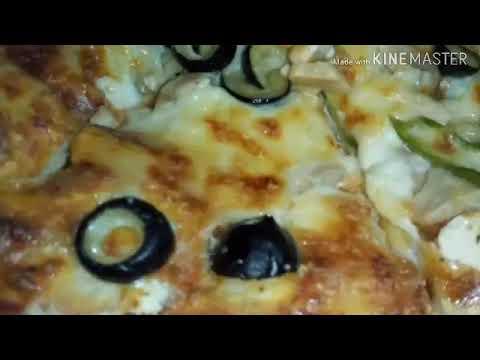 صورة  طريقة عمل البيتزا بيتزا سوبر سوبريم بالفراخ # بتاعت بيتزا هت #محشية الأطراف ميكس جبن# Super Supreme Pizza طريقة عمل البيتزا من يوتيوب