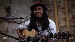 Julian Taylor - Na Na, Hey Hey (Kiss Him Goodbye) - Live At NOW Lounge